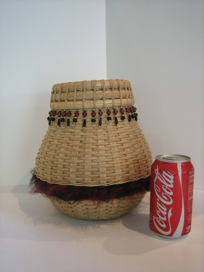 http://www.featherbaskets.com/kit%20files/Baskets%20125.jpg