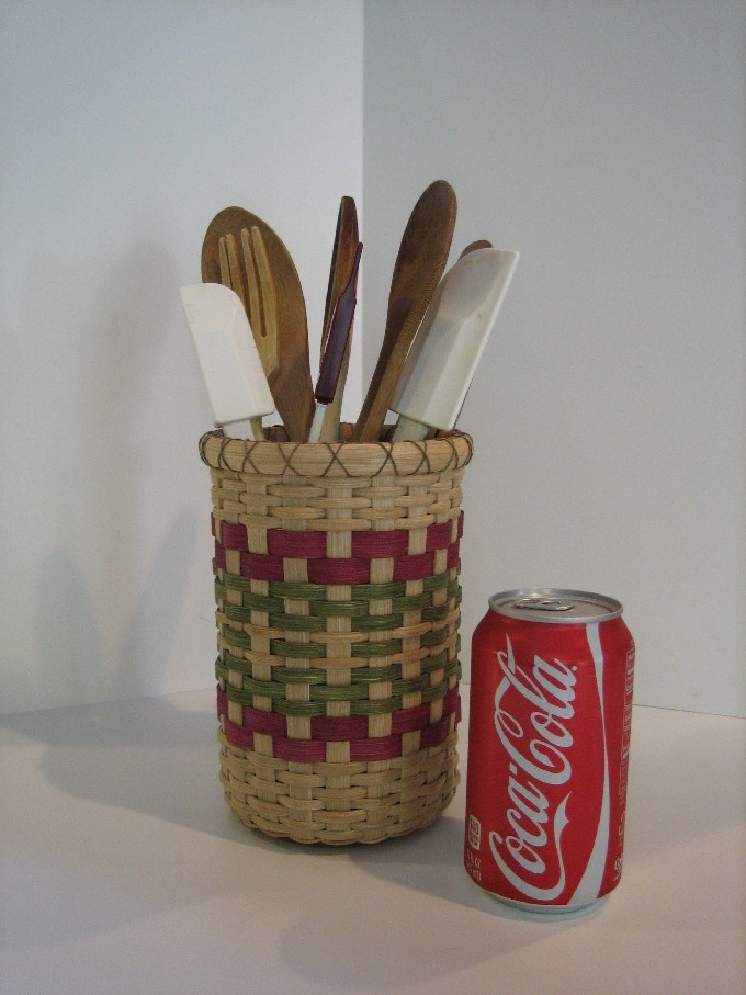 http://www.featherbaskets.com/kit%20files/Baskets%20132.jpg