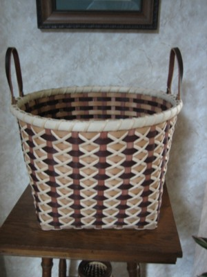 http://www.featherbaskets.com/kit%20files/Cross%20Stitch%20Bushel.jpg