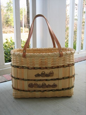 http://www.featherbaskets.com/kit%20files/Feather%20Baskets%20Tote%202.jpg
