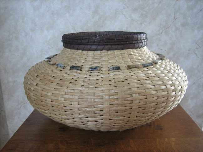 http://www.featherbaskets.com/kit%20files/Granite%20Basket%20(1).jpg