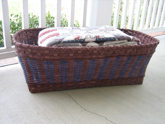 http://www.featherbaskets.com/kit%20files/Ice%20storme%20Blanket.jpg