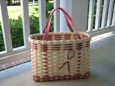 http://www.featherbaskets.com/kit%20files/Pink%20Ribbons%203.jpg