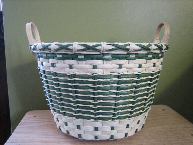 http://www.featherbaskets.com/kit%20files/Small%20Green%20Star%20(1).jpg